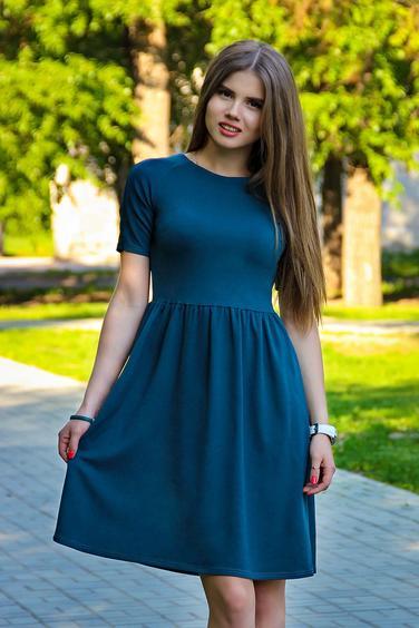 Платье отрезное выше талии