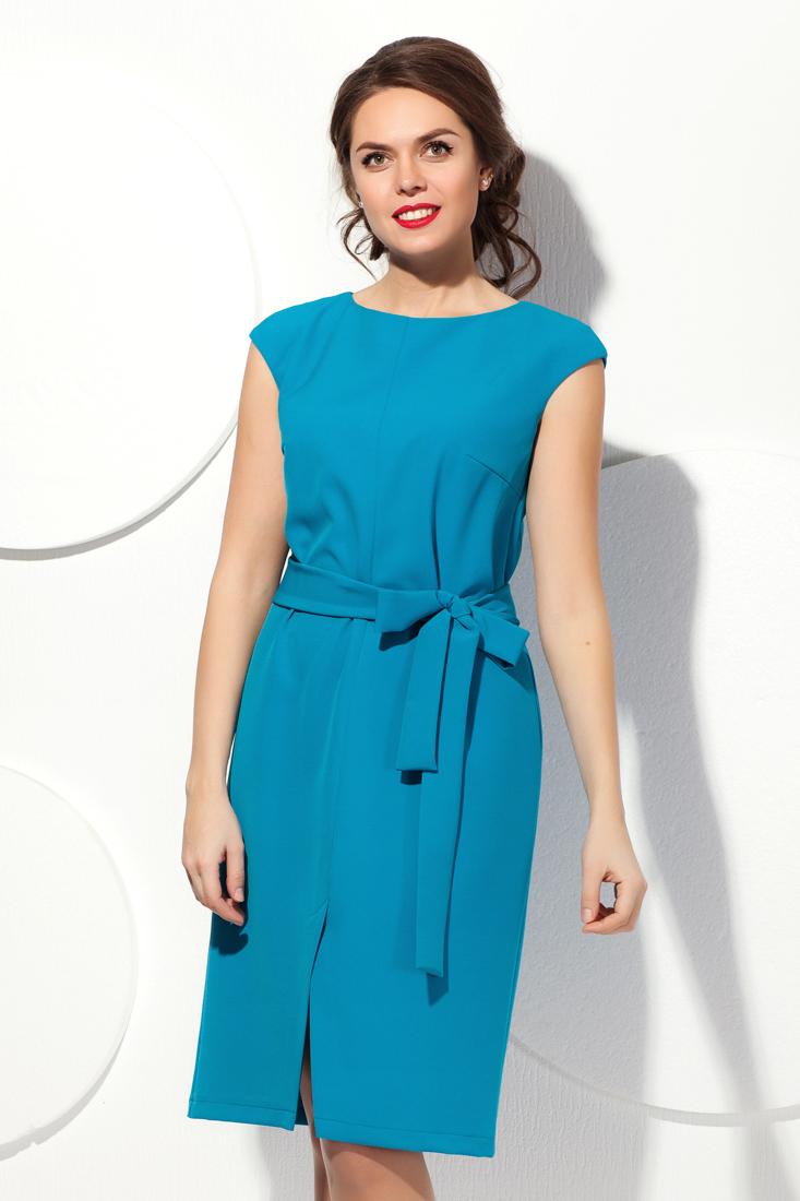 Прямое платье с рукавом