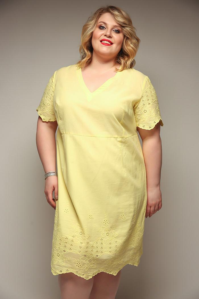 Нарядные прямые платья для полных женщин